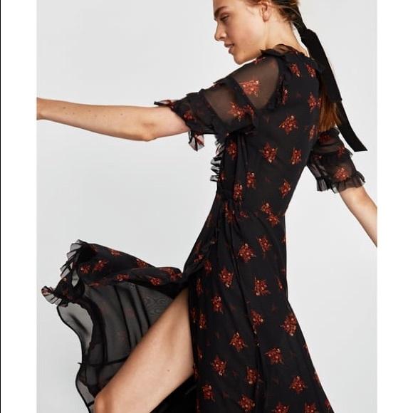b3fdc32b25e NWT Zara Floral Flowing Long Crossover Wrap Dress